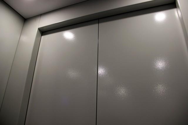 Замена лифта в многоквартирном доме 2020 - сроки, как поменять, кто должен, сроки ремонта, капитальный, кто отвечает, кто оплачивает, срок службы