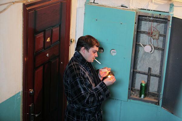 Можно ли курить на балконе многоквартирного дома 2020 - запрещено ли, на общем