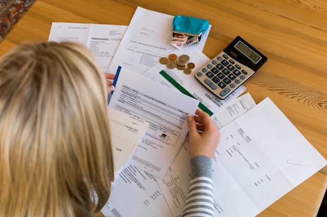 Справка о задолженности по коммунальным платежам 2020 - образец, о наличии, по ЖКХ, где получить