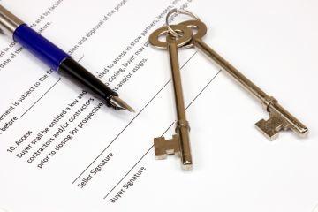Нуждающиеся в жилье 2020 - как встать на учет, основания, кто является, в жилых помещениях, получить статус, признание, постановка