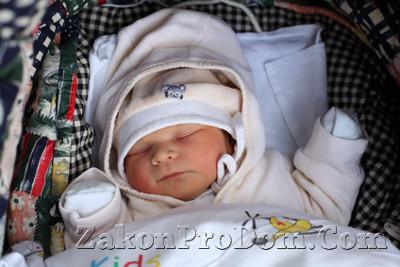 Правила прописки (регистрации) 2020 - новорожденного ребенка, несовершеннолетних, в приватизированную квартиру