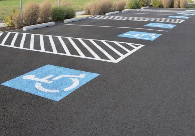 Парковка на придомовой территории многоквартирного дома - закон, во дворе, правила, для инвалидов, как организовать, разрешена ли